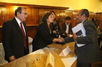 Mesa Memoria Ayacucho Candidatos
